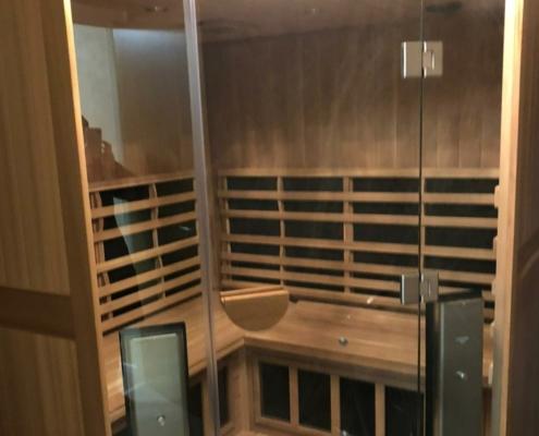 Luxury LED sanctuary clear light sauna